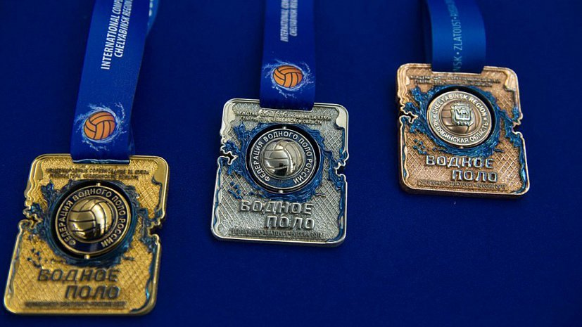 Кубок губернатора поводному поло стартовал спобеды златоустовских ватерполисток