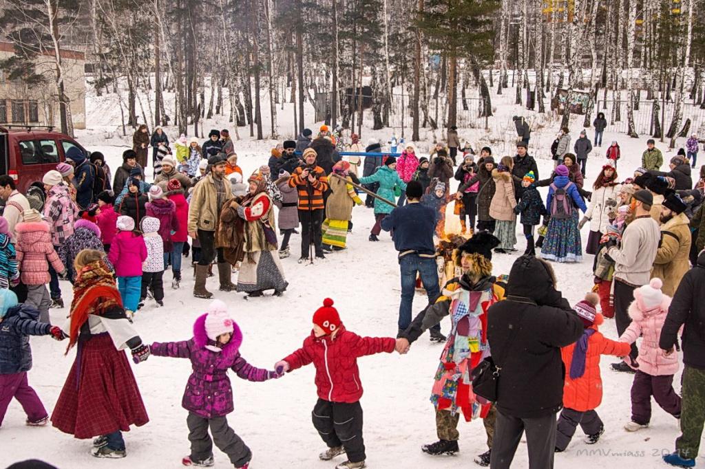 фото зимних праздников в россии важно произвести вручную